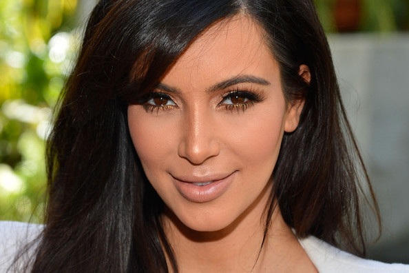 Kim Kardashian's New Fragrance Ad, Kendall Jenner Debuts New Hair, and More!