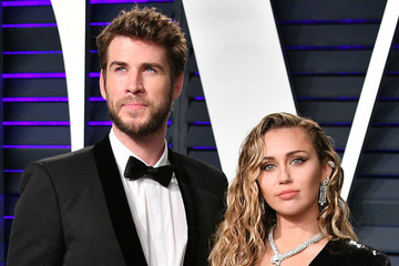 Miley Cyrus And Liam Hemsworth Aren't Getting Divorced Quite Yet