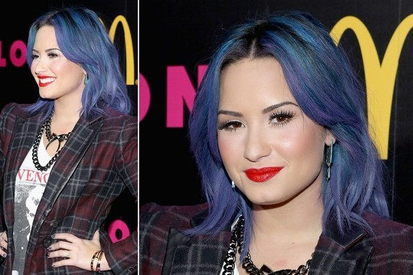 Demi Lovato Makes Us Wonder Who Else Could Rock Blue Hair Too...