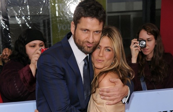 jennifer aniston legs. Gerard Butler Jennifer Aniston