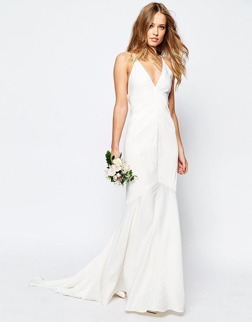 e5295aee2ed I Tried on an ASOS Wedding Dress So You Don t Have To - Tying The ...