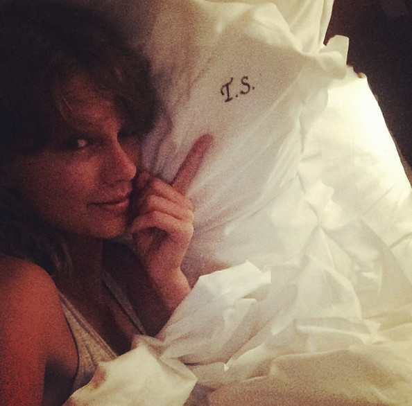 Taylor Swift loves her monogrammed pillows.