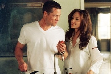 8 Sexy 'Mr. and Mrs. Smith' GIFs to Help You Cope with the End of Brangelina