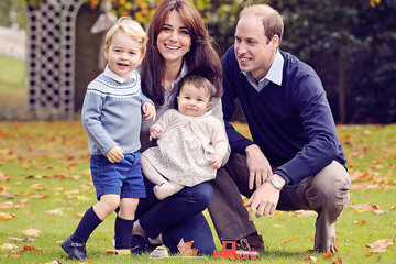Prince George and Princess Charlotte Are Too Cute in the New Royal Family Christmas Card