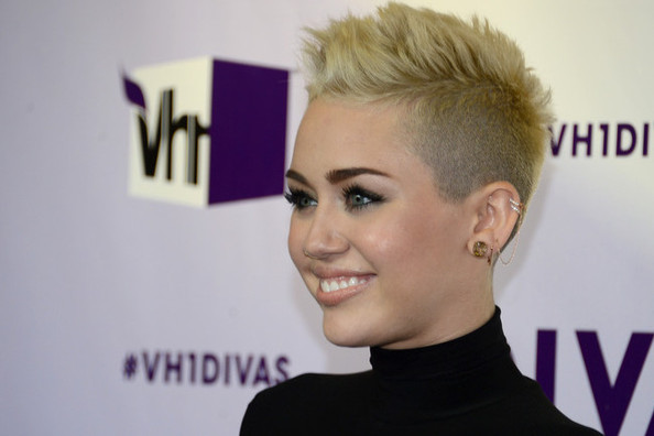 Miley Cyrus Will Never Have Long Hair Again, Kitty Litter Facials Are a Thing & More