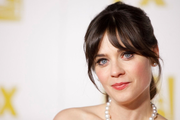 Zooey Deschanel's 8 Best Retro Glam Moments