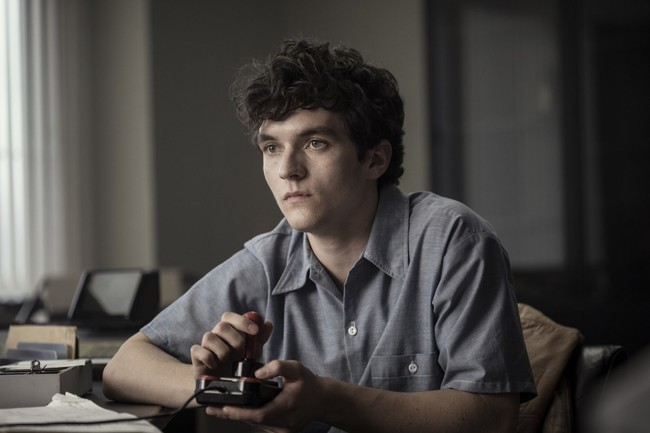 BLACK MIRROR Feature Film BANDERSNATCH on Netflix Tomorrow