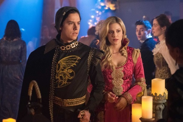Live A Halloween Night And We'll Tell You Which 'Riverdale' Character You Should Dress Up As