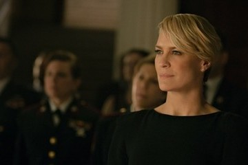 'House of Cards' Star Robin Wright Says It Was a Fight to Get the Same Pay as Kevin Spacey