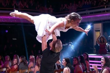 Bindi Irwin's 'Dirty Dancing' Routine Earns Her a Perfect Score on 'DWTS'