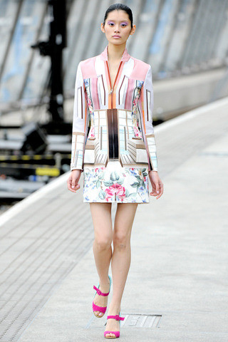Mary_katrantzou_spring_2011_ready-to-wear-3