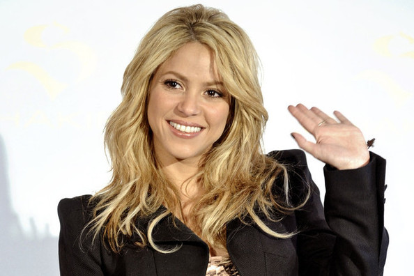 Shakira's Awesome Fitness Motto, the 25 Worst Diet Tips Ever, and More