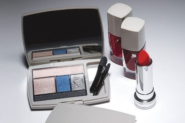 Jason Wu's Lancome Collection Revealed, Carrie Underwood Gets a Nail Polish Line, and More!