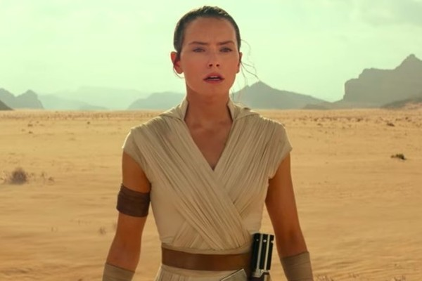 'Star Wars: Episode IX' Title, Leia, Lando, Revealed In Amazing First Trailer
