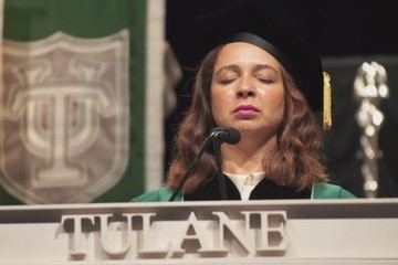 Maya Rudolph Channels Her Inner Beyonce at Tulane's Graduation