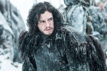 'Game of Thrones' Ultimate Geek Den Contest: Take the Black to Win!