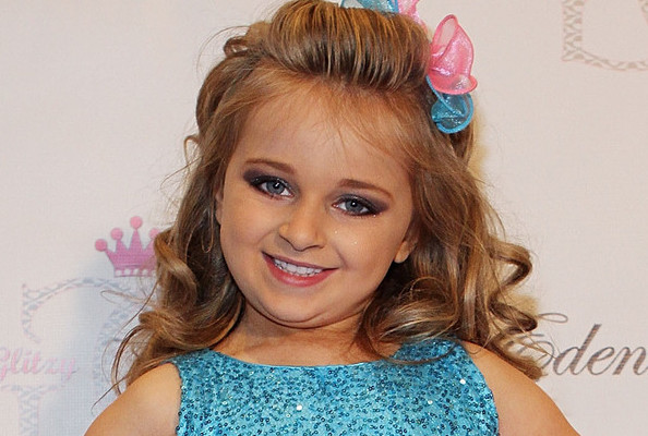 This 'Toddlers & Tiaras' Star Probably Makes More Money Than You Do