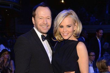 Jenny McCarthy is Engaged to a New Kid on the Block and Her Ring is Huge
