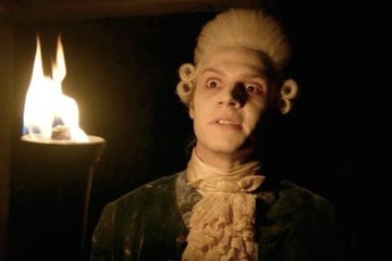 Evan Peters Is Pretty Darn Cute in Colonial Garb, Frances Conroy Is a Redneck Cannibal on 'AHS: Roanoke'