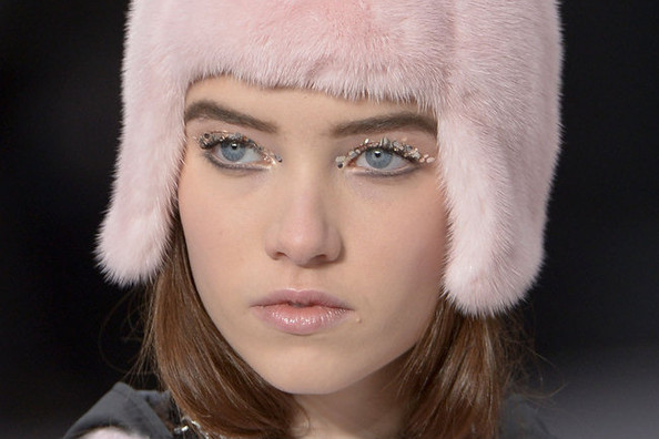 All That Glitters: Chanel's Metallic Cat-Eye Makeup
