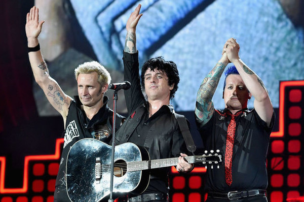Make 'American Idiot' Great Again Campaign Propels Green Day's 2004 Hit Back Into The British Charts Just In Time For Trump's U.K. Visit