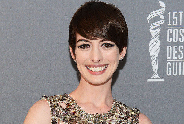Yikes, Did Manolo Blahnik Just Diss Anne Hathaway?