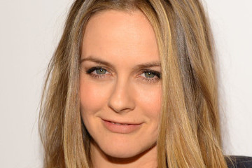 'The Baby-Sitters Club' Just Found Two New Members: Alicia Silverstone And Mark Feuerstein