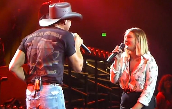 Watch tim mcgraw duet with 18 year old daughter gracie for How old are faith hill s daughters