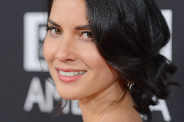 The $23 Face Cream Behind Olivia Munn's Killer Complexion