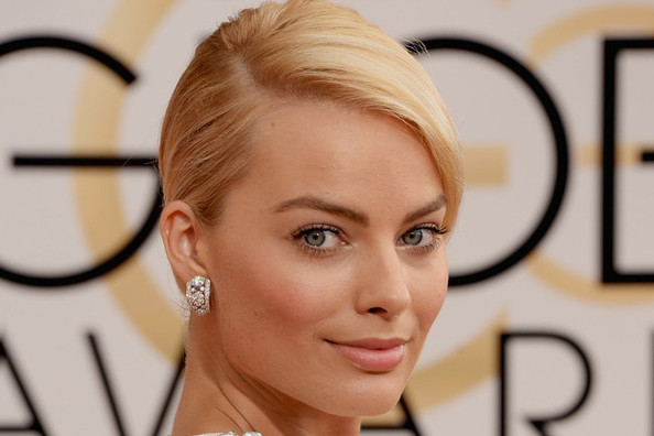 Red Carpet Ready: Get Margot Robbie's Red Carpet Look