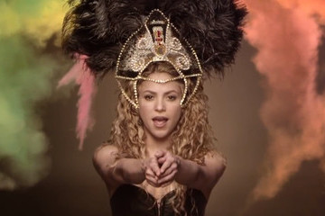 Introducing Shakira, the New Queen of Facebook