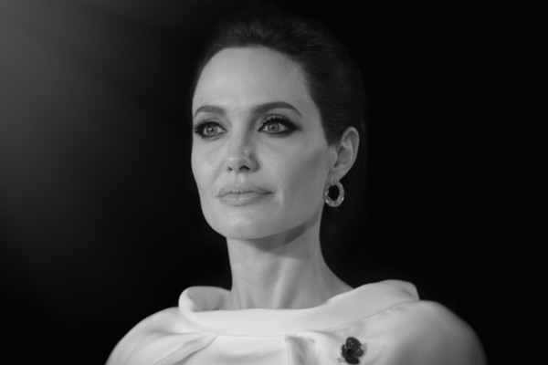 Angelina Jolie Reveals She Had Surgery to Remove Her Ovaries
