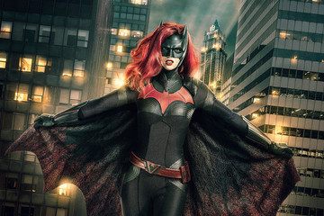 Ruby Rose Rises As Batwoman For Arrowverse Crossover