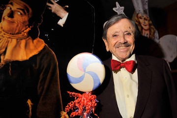 We've Lost Jerry Maren, The Last Surviving Munchkin From 'The Wizard Of Oz'