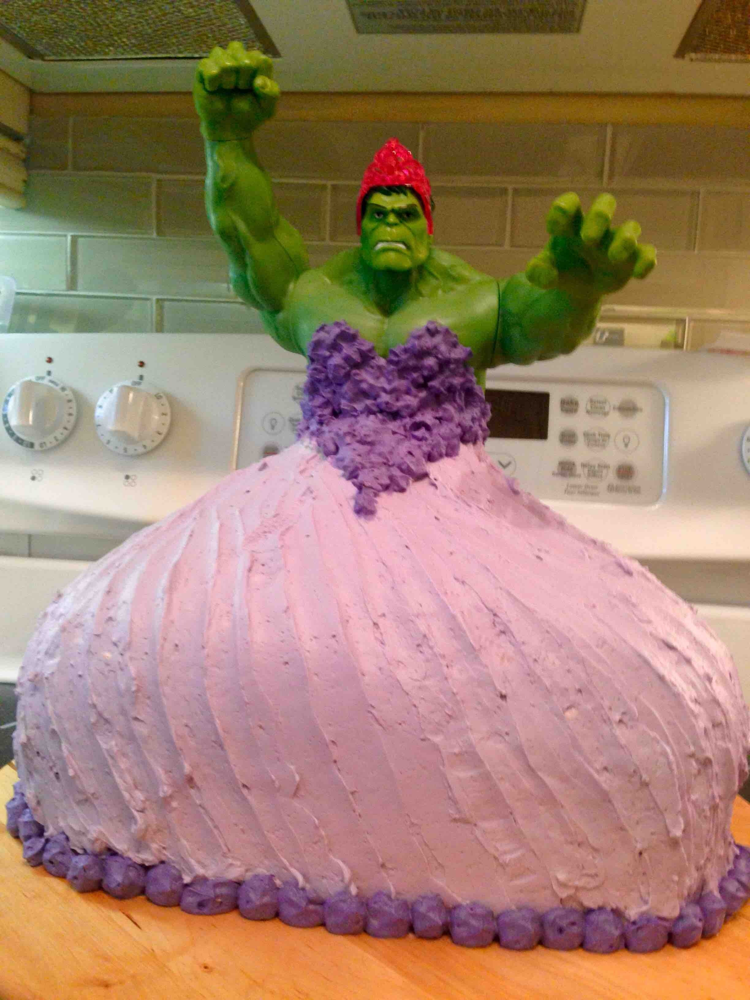 Hero Dad Makes Hulk Princess Birthday Cake Inspires Everyone For