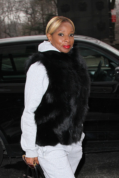 Sarah Jessica Parker, Katharine McPhee, Mary J. Blige Wear Cute Cold Weather Outfits