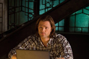 'Supernatural' New Photos - Castiel's Back with an Old Friend