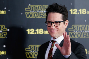 'Star Wars: Episode IX' Delayed by 7 Months After J.J. Abrams Takes Over