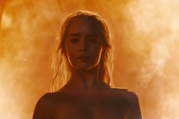 Emilia Clarke Says Her Newest Scene Was 'Spine-Chilling,' But What's With Daenerys' Fire Immunity?