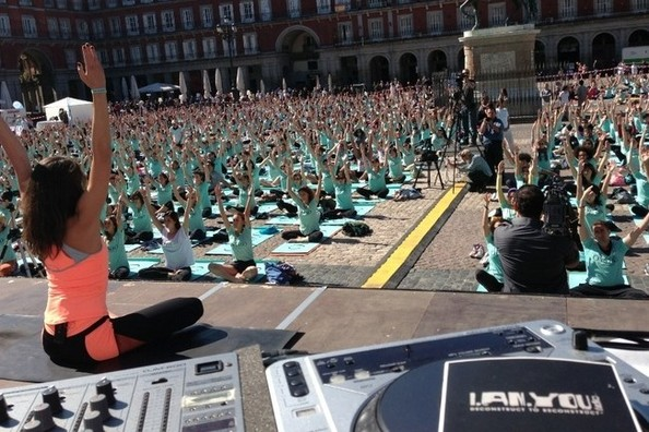 Hot New Workout Trend: Music Yoga