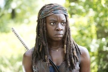 'The Walking Dead' Recap: Another Main Character Becomes Walker Food