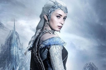 The Female Characters in the 'Huntsman' Sequel Look So Badass