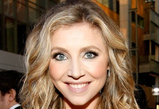 'Scrubs' Star Sarah Chalke Welcomes A Son