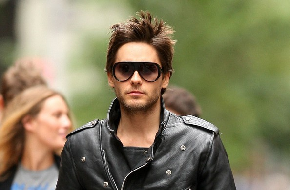 Jared Leto Gay http://www.zimbio.com/Jared+Leto/articles/WRXNjmlcdZI/Jared+Leto+Allegedly+Fires+Management+Team