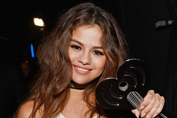 'Good For You': Selena Gomez to Donate Proceeds From 'Revival' Tour to Lupus Research