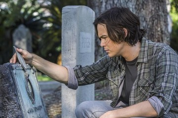 'Ravenswood' Preview Photos