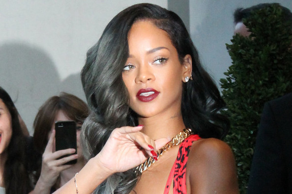 Rihanna Madeover Her Hair Again - Come See Her New Short Cut!