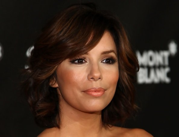Z Cut Hairstyle: Eva Longoria Parker's Layered Bob Haircut