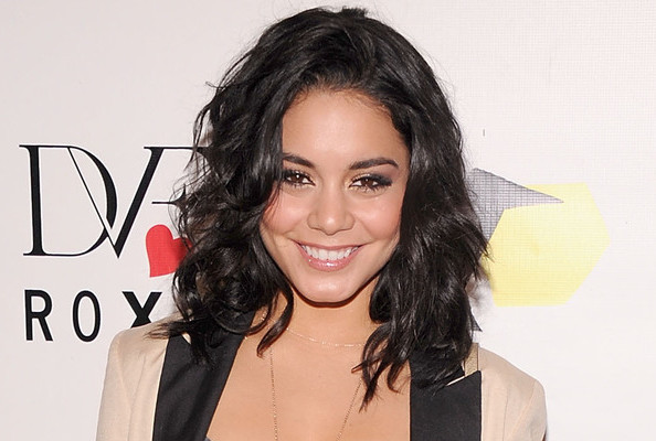 I Tried (and Failed) to Get Vanessa Hudgens to Make Fun of Justin Bieber's Saggy Pants
