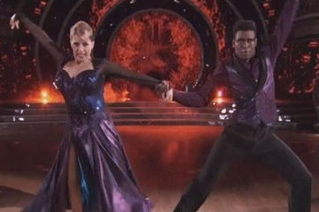 Jodie Sweetin Made Your 'Full House' Fantasies Come True on 'DWTS'